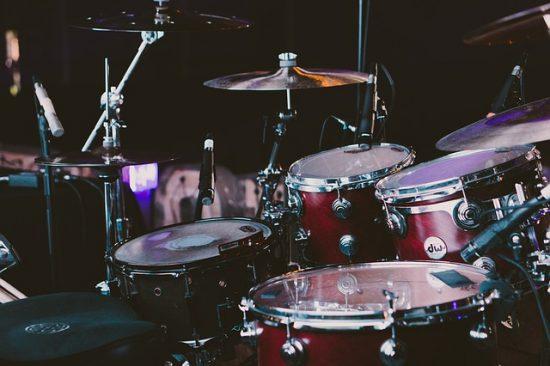 לימוד תופים בJAM - מרכז למוזיקה