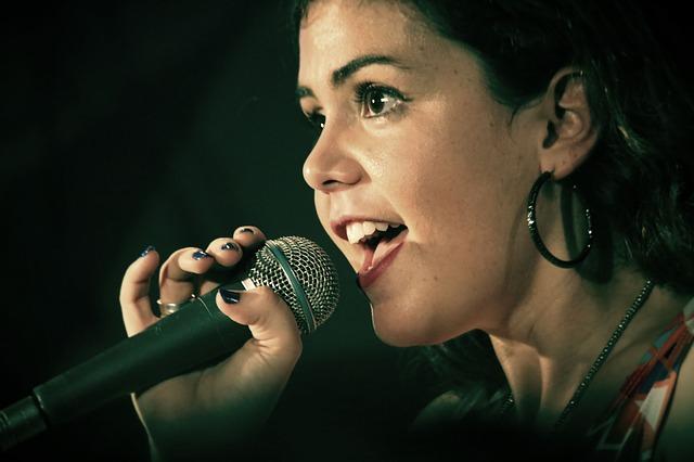 מורה לפיתוח קול אשר יעזור לכם לקדם את הכישורים המוזיקליים שלכ